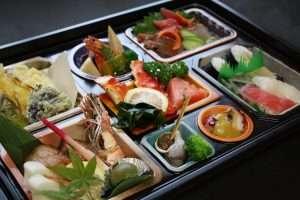 パック料理5,000円(税別)