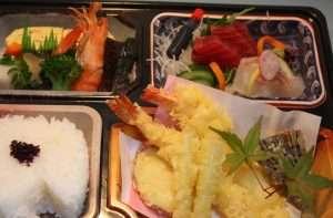 パック料理1,500円